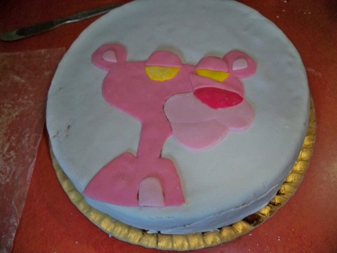 cake decorating in progress (1)