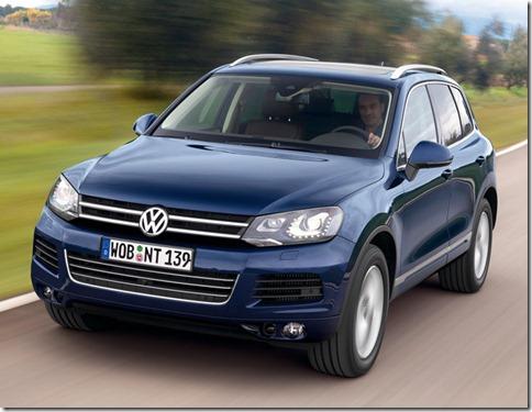 Volkswagen-Touareg_2011_800x600_wallpaper_04