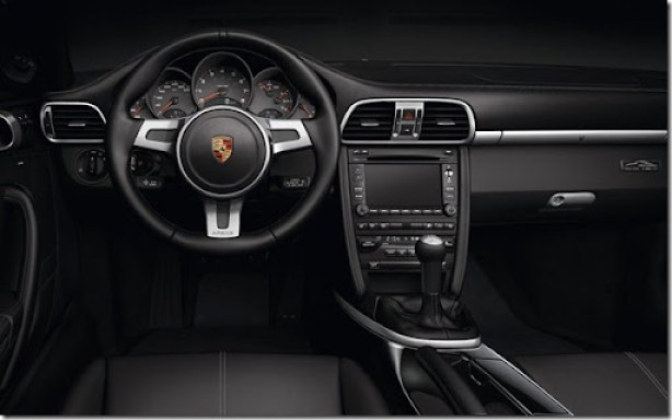 Porsche-911_Black_Edition_2011_800x600_wallpaper_07