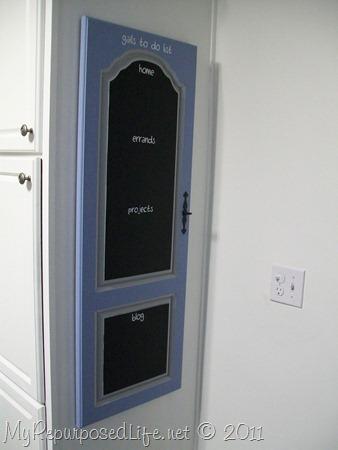 repurposed door into chalkboard (10)
