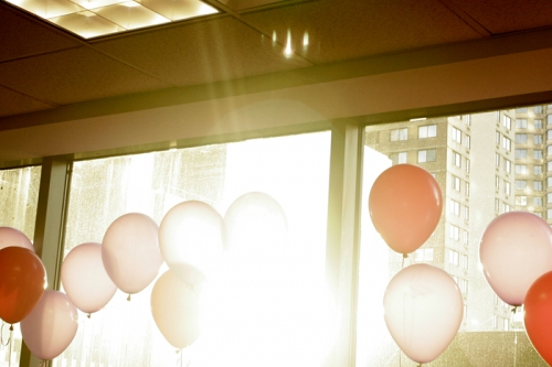 balloons-in-the-window