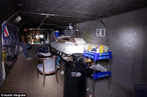 las-vegas-tunnel-people (1)