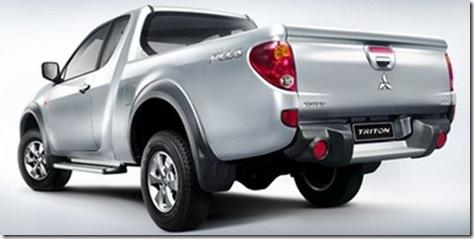 big_MitsubishiL200200903