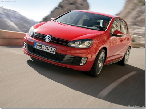 Volkswagen-Golf_GTI_2010_800x600_wallpaper_04