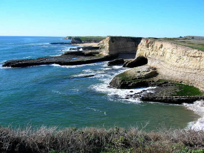 Sea cliff terraces and sandy coves