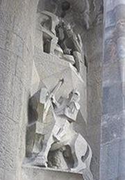 detalle arquitectura sagrada familia - El soldado Longino