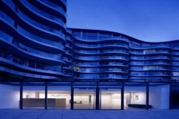 Norman-Foster-Albion-Riverside-London-United-Kingdom-arquitectura-contemporanea