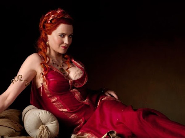 Lucy Lawless10