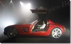 4-Mercedes-Benz-SLS-AMG-Bra_grande