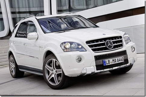 Mercedes-Benz-ML_63_AMG_2011_800x600_wallpaper_02