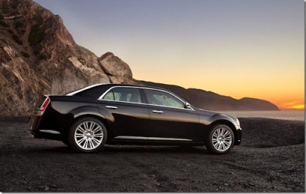 Chrysler-300_2011_1600x1200_wallpaper_0d
