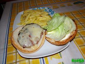 01 Hamburguesas  y patatas caseras.jpg