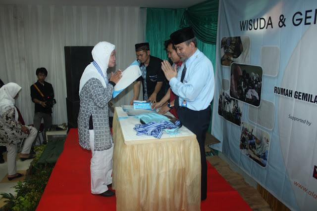 Wisuda dan Gemilang Expo 2011 - IMG_2091.JPG
