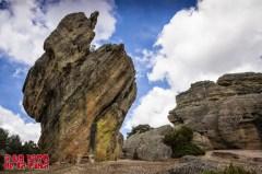 La erosión del conglomerado da lugar a bonitas formaciones rocosas. ©aunpasodelacima