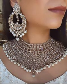 Ideas to Coordinate Artificial Jewelry with Shalwar Kameez