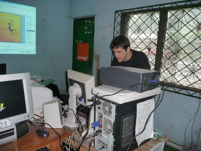 Free Computer Classes - P1090267.JPG