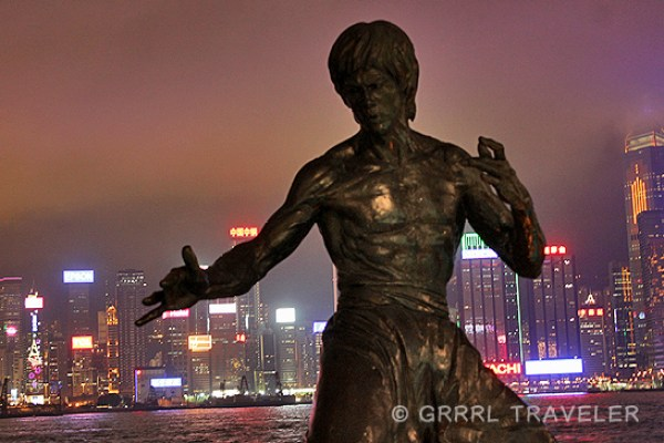 bruce lee statue hong kong, star walk in HOng kong, images of hong kong, hong kong cityscape, hong kong skyline, hong kong sightseeing, what to do and see in hong kong, travel tips for hong kong, top attractions in hong kong, top cities in the world, best international cities in the world, best cities to visit