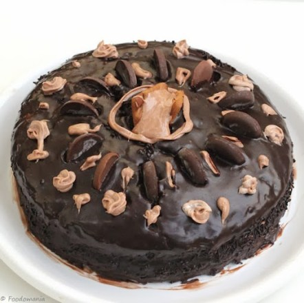 Chocolate seduction Cake recipe by Kavitha Ramaswamy of Foodomania.com | Best Chocolate Cake Ever!