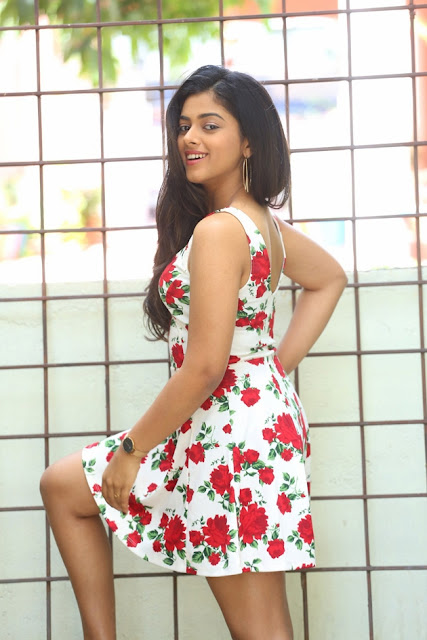 Actress Siddhi Idnani Hot At Jamba Lakidi Pamba Movie Promotions Photos ❤