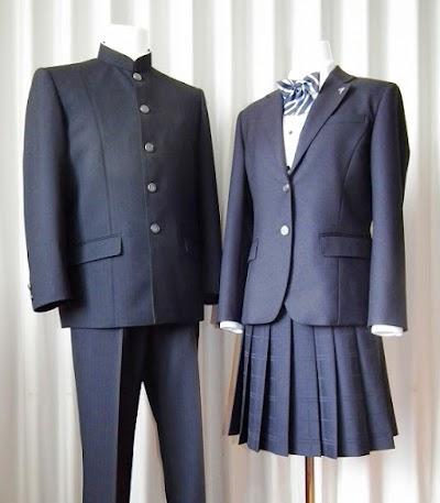 下関市立下関商業高等学校の女子の制服