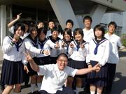 広島新庄高等学校の女子の制服1