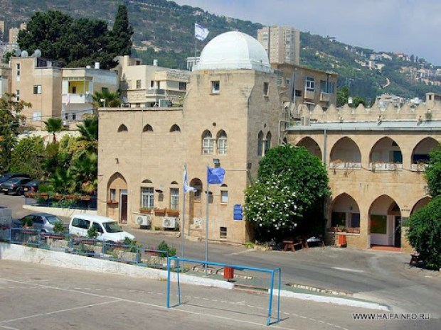 ADSCF8649 Haifa Reali School.jpg