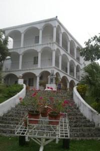 Haunted Mansion - plantation style hotel near El Tajin