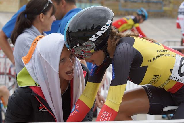 Naomi en Shari