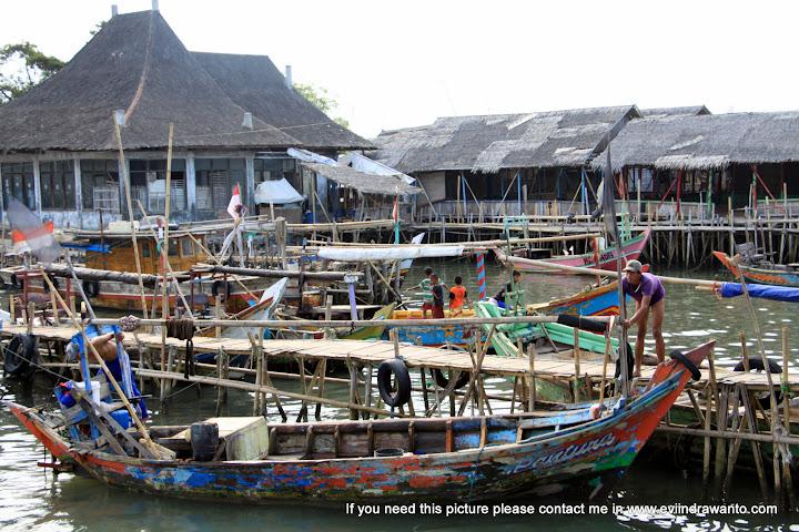 Nelayan dan pekerjaannya