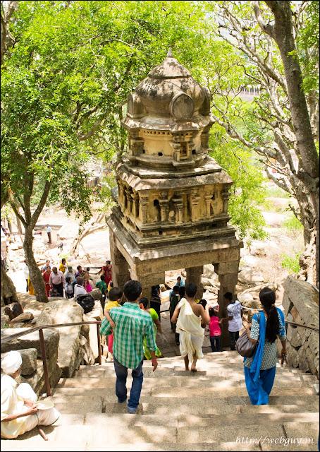 yoganarsimha temple