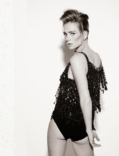 Britt Robertson Pics