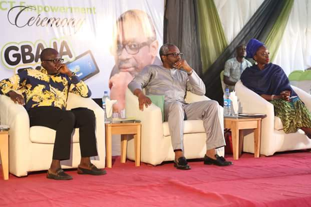 Gbajabiamila Distributes E-Learning Tablets To Students(PHOTOS)