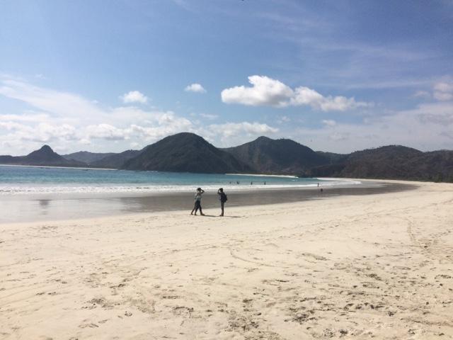 Las mejores olas para surfear en Lombok