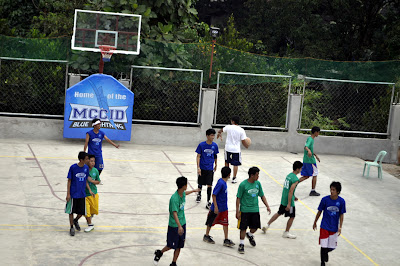 Starting Game: Basketball Boys (Green Vs. Blue)