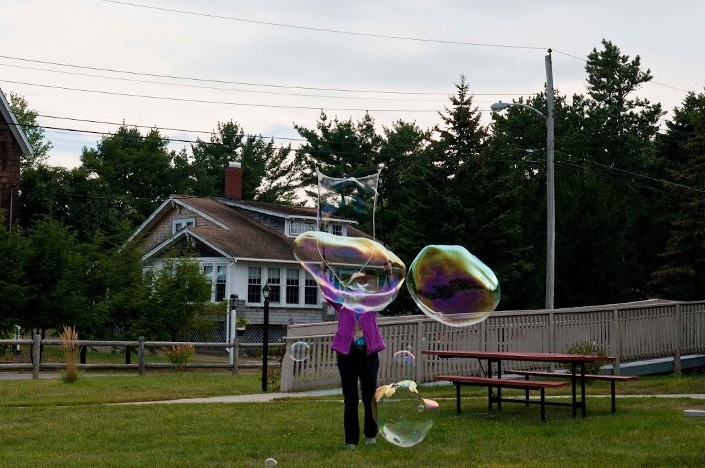 Ferry Beach-Bubbles-22