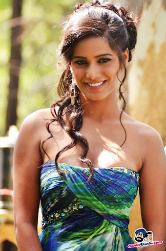 Poonam Pandey Photos