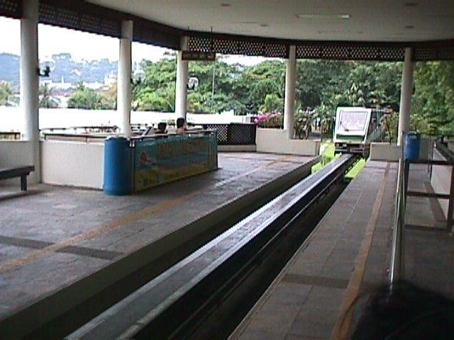 3610Sentosa's Monorail