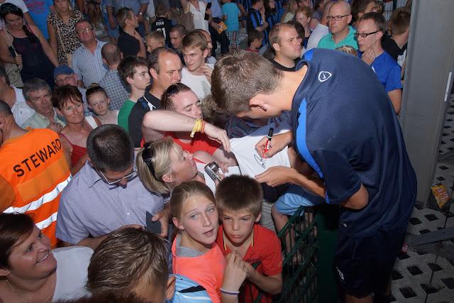 Hans Vanaken bij supporters
