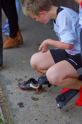schoenen afkloppen na de match