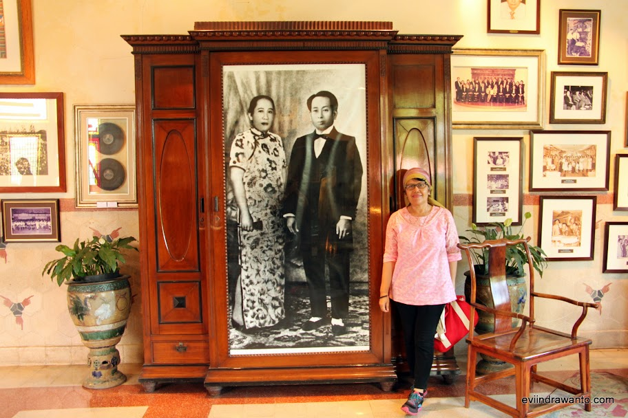 Numpang ngetop dengan Om Liem Seeng Tee dan Tante Siem Tjiang Nio
