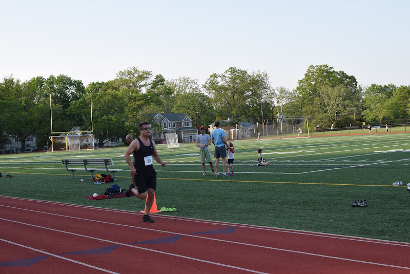 May 25, 2016 - Princeton Community Mile and 4x400 Relay - DSC_0141.JPG
