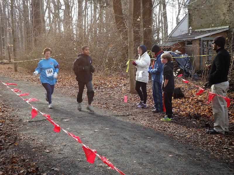 Winter Wonder Run 6K - December 7, 2013 - DSC00476.JPG