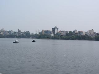0118Hoan_Kiem_Lake