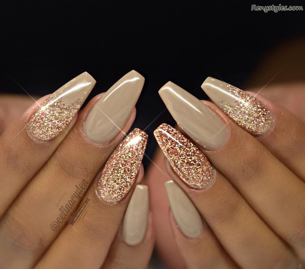 Amazing glitter nail ideas for girls 2017 reny styles - Nageldesign beige gold ...