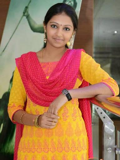 Lakshmi Menon Body Size