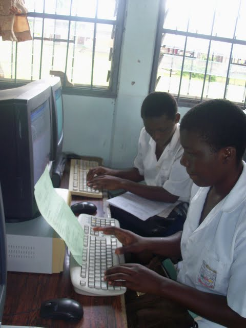 GTHS Computer Lab - nov29%2B051.JPG