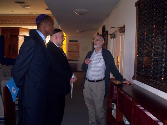 IVLP 2010 - Visit to Jewish Synagogue in IOWA - 100_0842.JPG