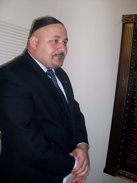 IVLP 2010 - Visit to Jewish Synagogue in IOWA - 100_0843.JPG