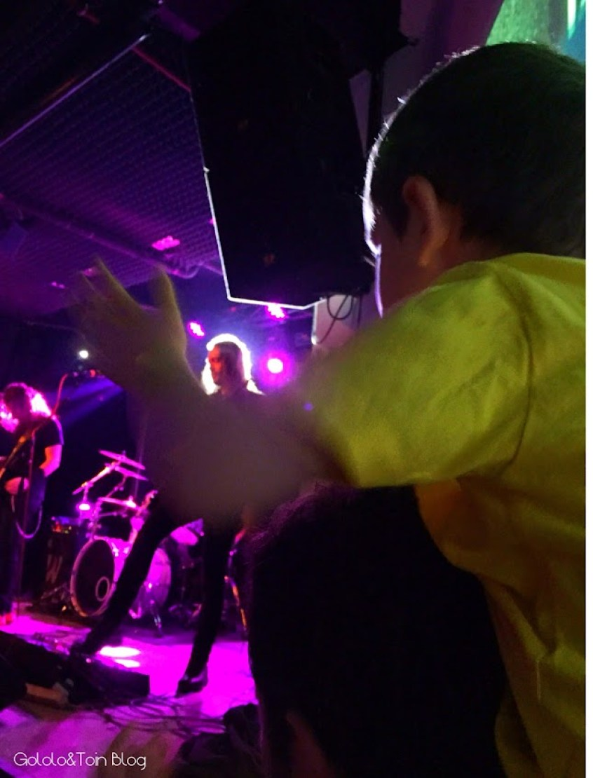 metallica-black-horsemen-cultura-ocio-niños-rock-familia-independanceclub