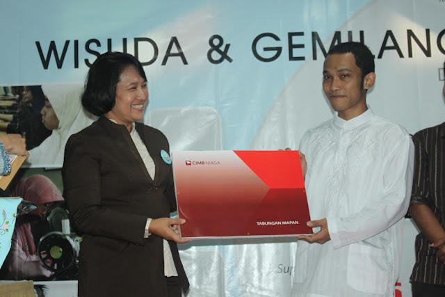 Wisuda dan Gemilang Expo 2011 - IMG_1988.JPG